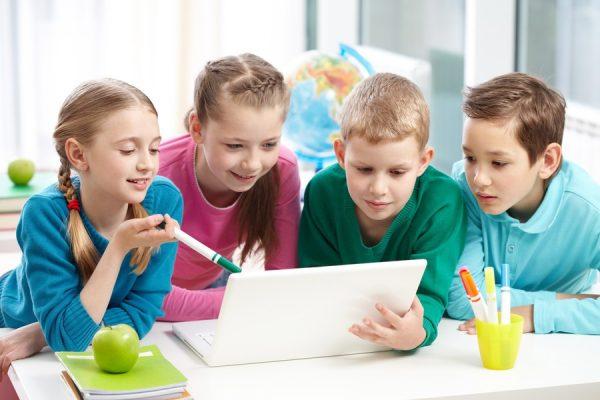 niño en valenciano, niños con problemas, colegio oficial de psicologos, psicologas infantiles en gandia, psicologia infantil gandia